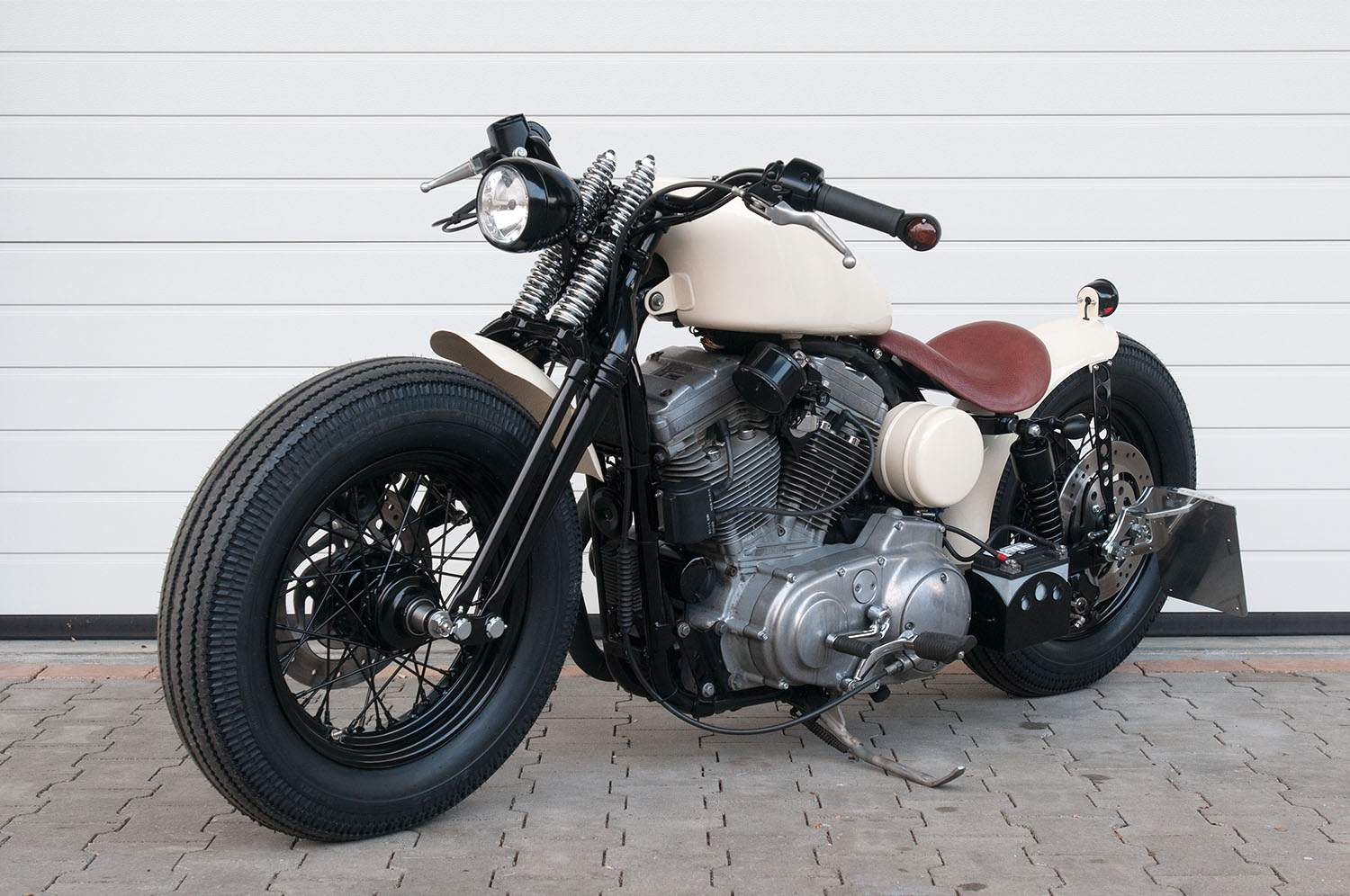 HBS Customs | Harley-Davidson Custombikes, Umbau, Service & Parts